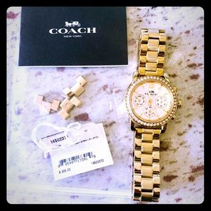 ❤️ Coach Watch!!